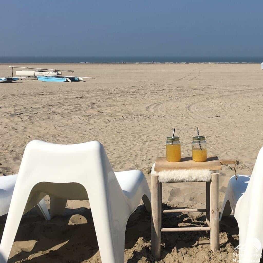 Strand-voor-strandhuisje