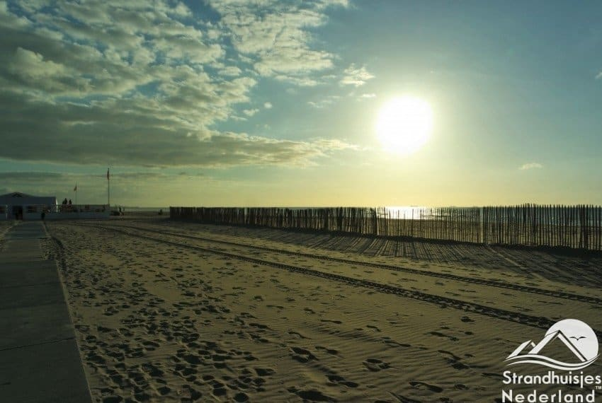 Strand kusthuisjes Katwijk