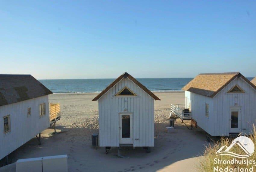 Slaapstrandhuisjes strand Domburg