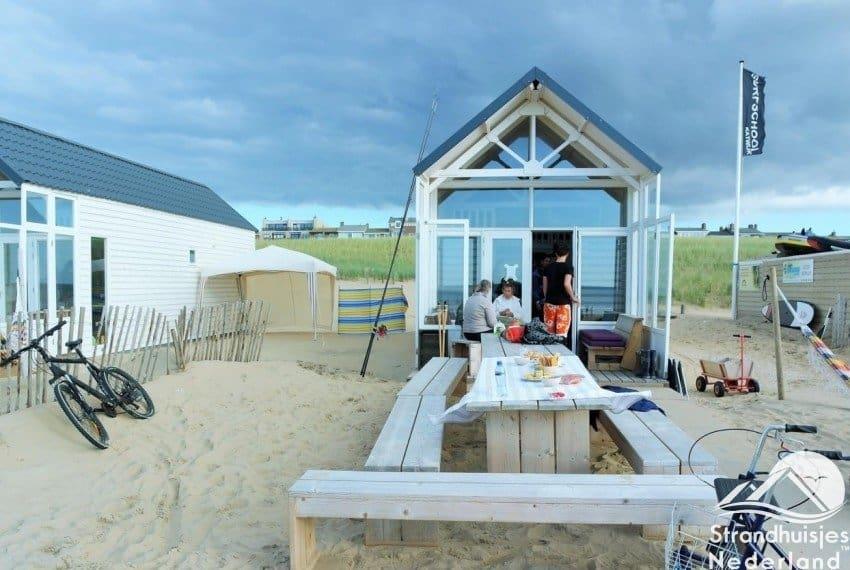 Strandhuisje Paal 14 Katwijk aan Zee