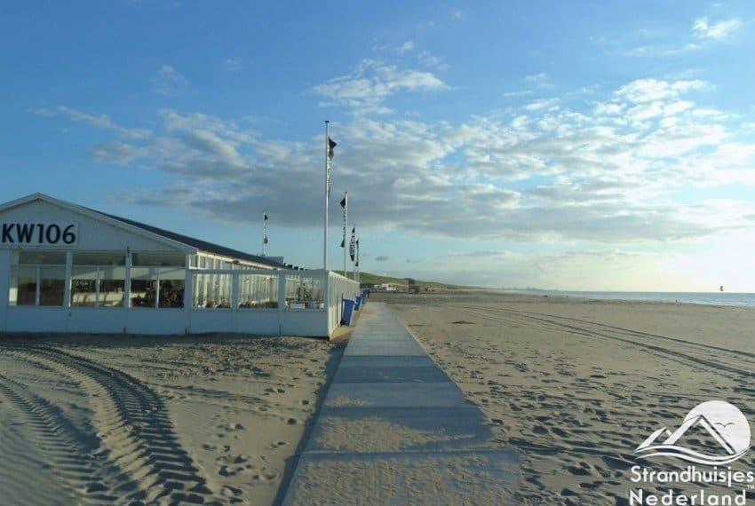 1 van de strandpaviljoens Katwijk aan Zee