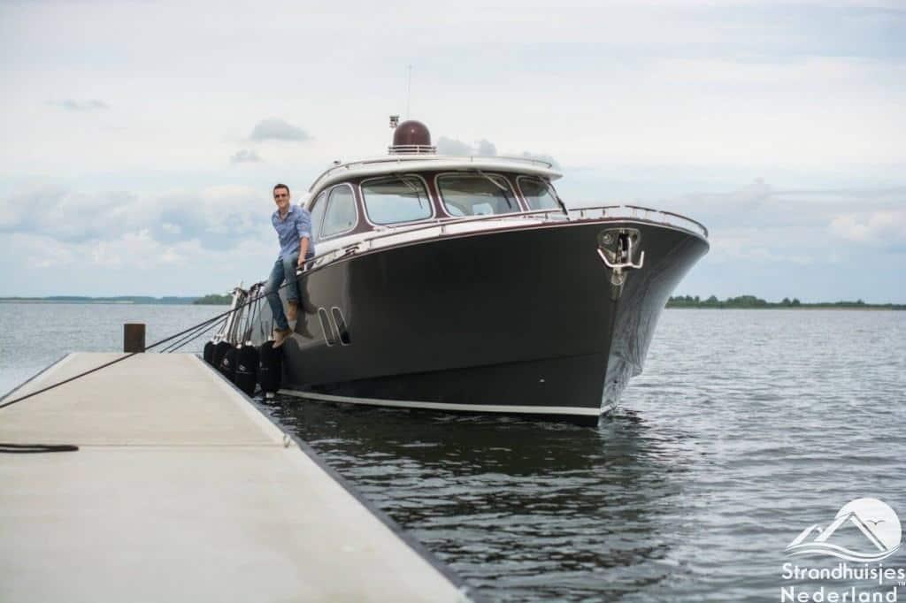 Boot bij Punt-West Ouddorp