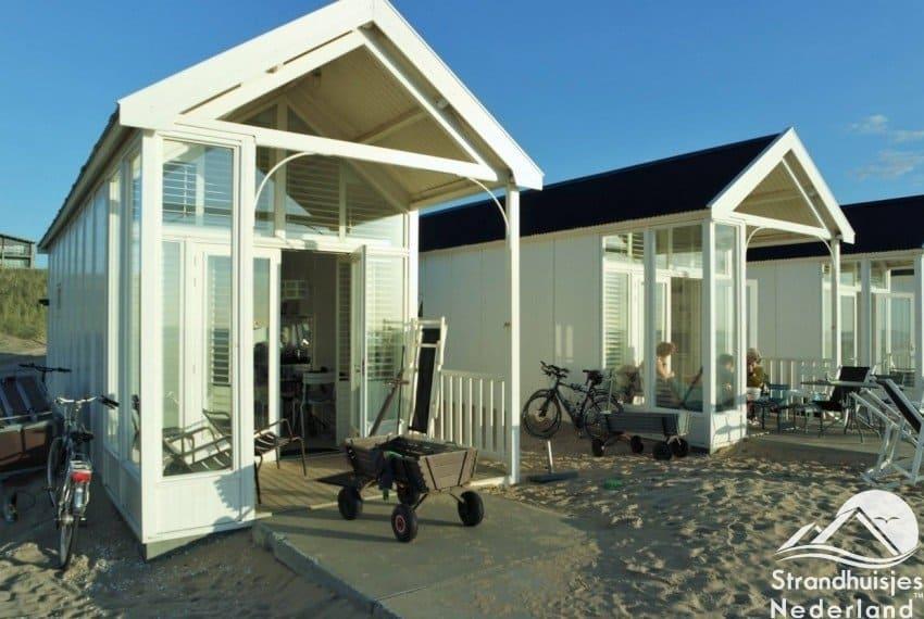 In elk Kust strandhuisje bij Katwijk aan Zee staat een bolderkar voor u klaar.