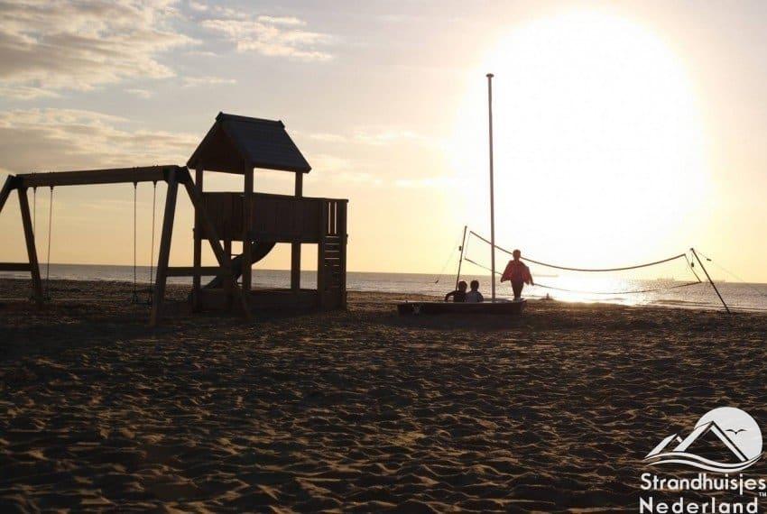 Kinderen houden van het strand..