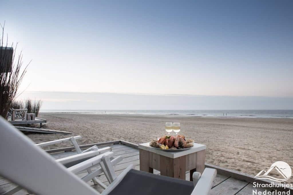 Strandhuisjes Groede uitzicht