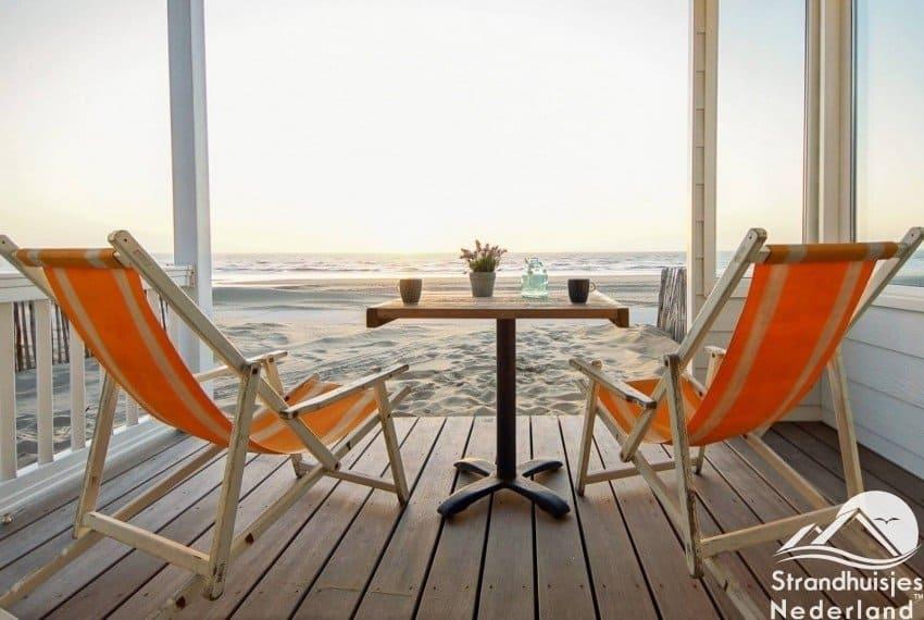 Zeezicht strandhuisjes De Watering Katwijk