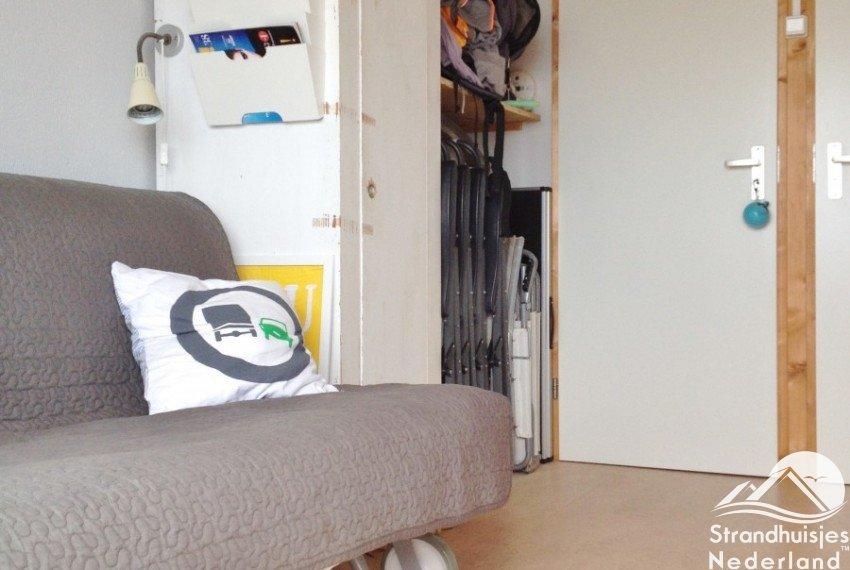 slaapbank strandhuisje Hoek van Holland