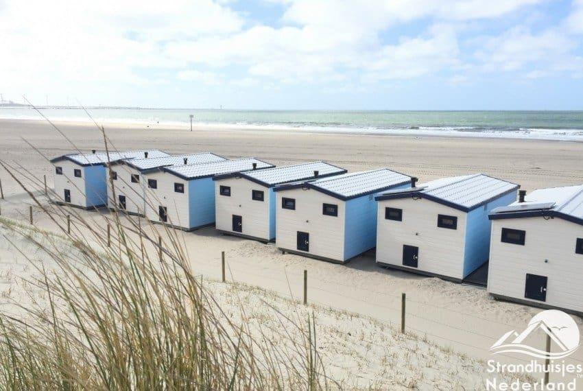 strand huisjes aan zee Hoek van Holland