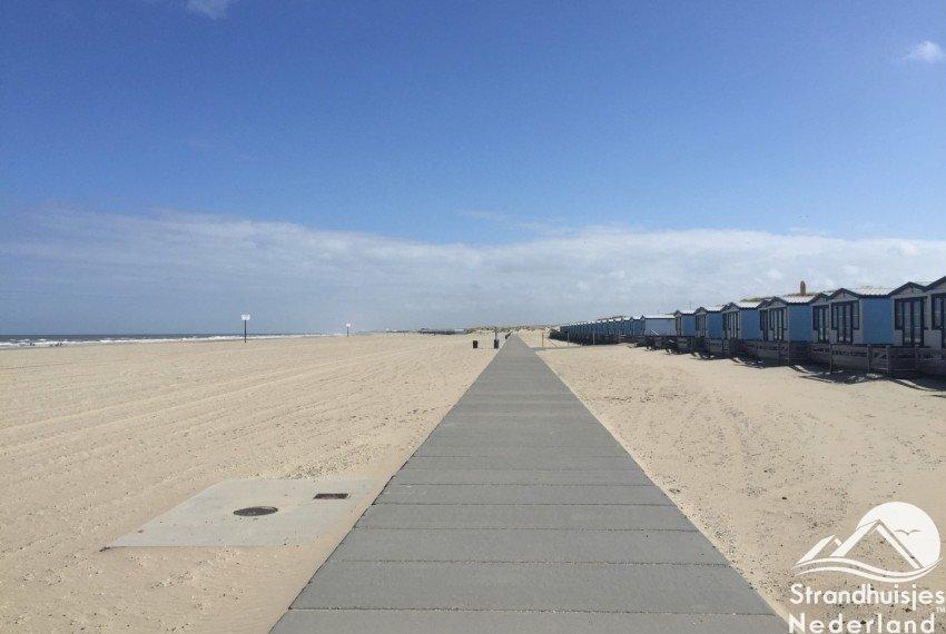 verhard pad strandhuisjes Hoek van Holland