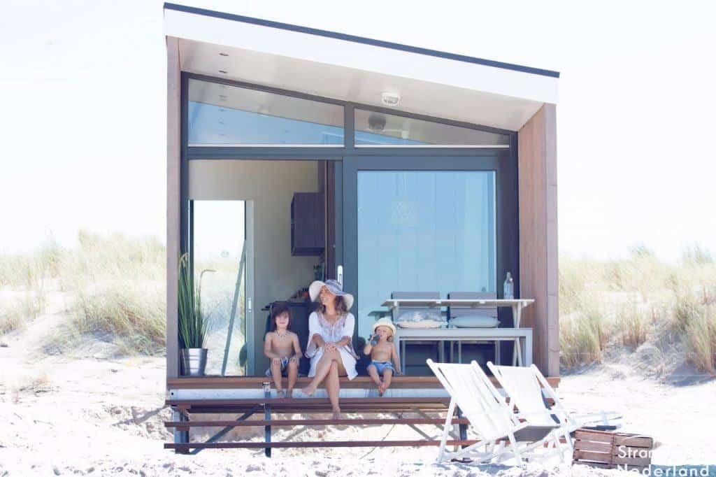 strandhuisje aan zee Kijkduin