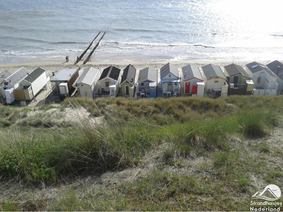 Strandhuisjes Westduin strand Zeeland