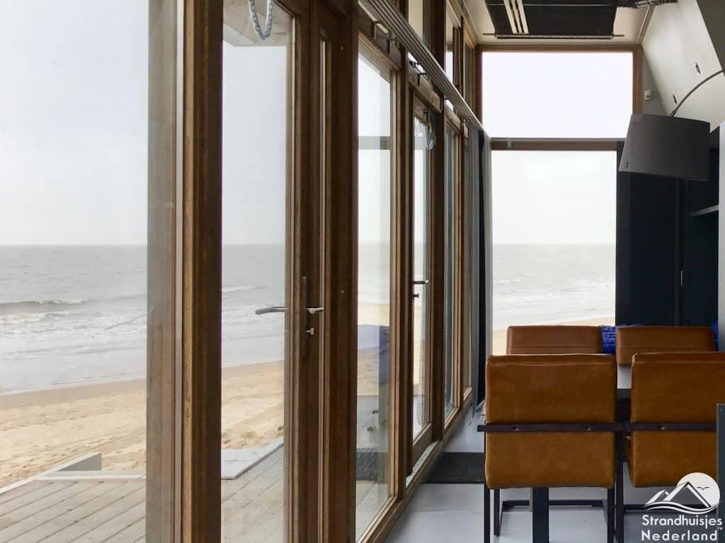 Uitzicht strandhuisje Cadzand-Bad