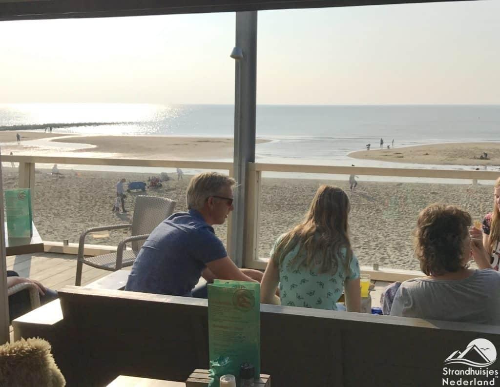 Strandpaviljoen Zee van Tijd - Juilanadorp (2)