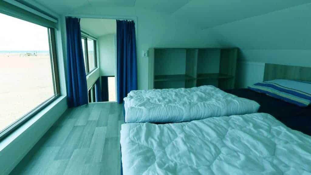 Slaapkamer boven met zeezicht