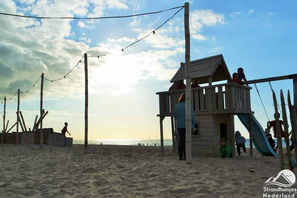 Speelrek strand Katwijk