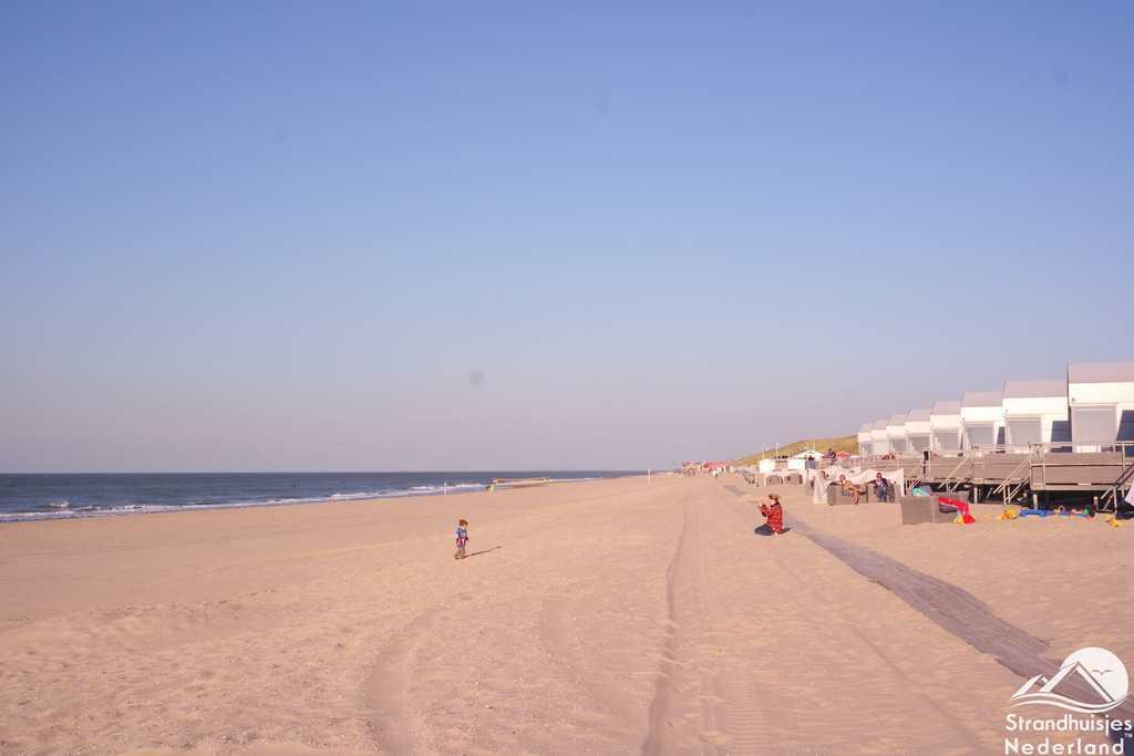 Strand en zee voor strandhuisjes Slaapzand