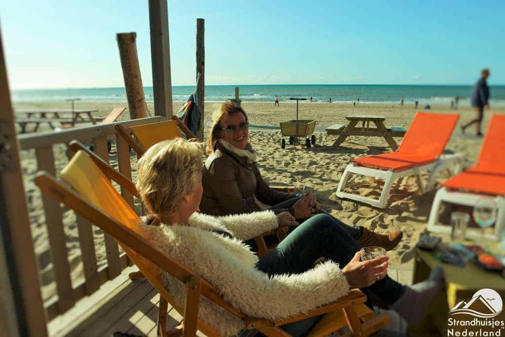 Strandterras strandhuisje Katwijk