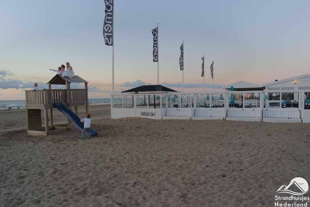 Zonsondergang strand Katwijk