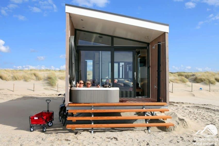 strandhuisjes nieuwvliet mooie strandhuisjes aan de zeeuwse kust. Black Bedroom Furniture Sets. Home Design Ideas