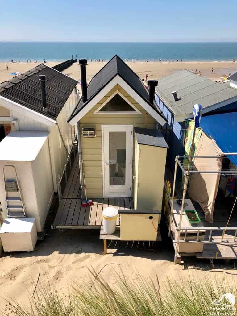 Huisje op het strand Zeeland 113