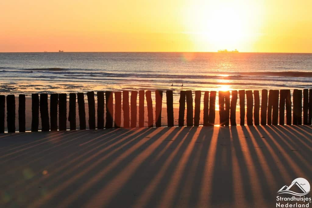 Zonsondergang Zeeuws strand