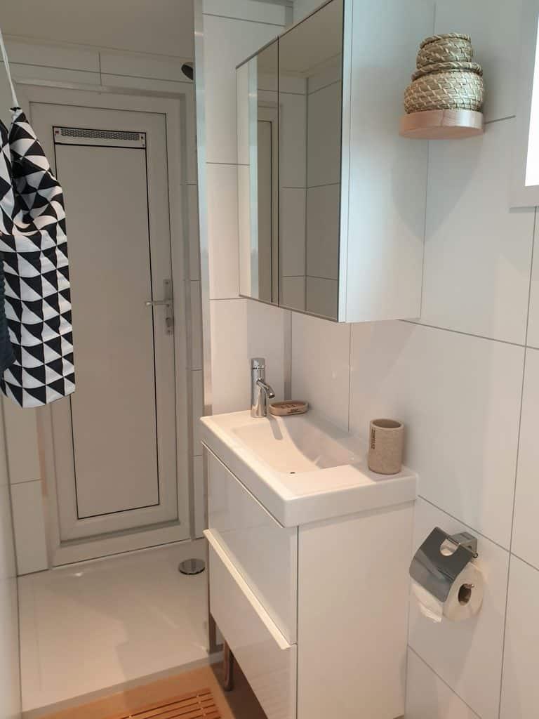 Strandhuis 148 badkamer