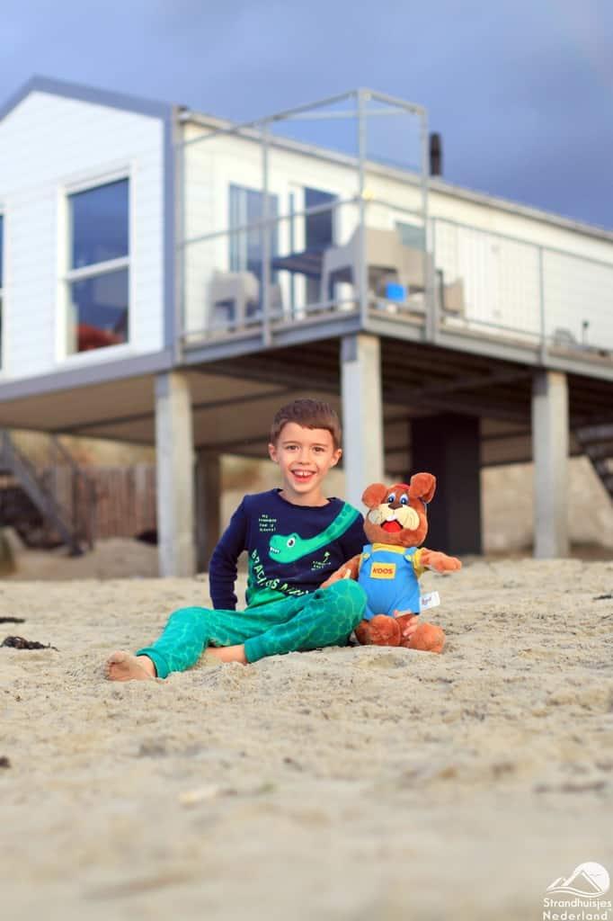 Samen met Koos bij strandhuisjes Kamperland.