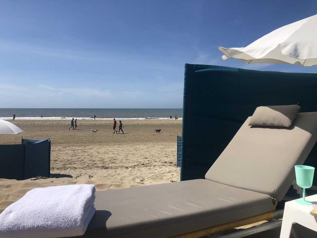 Loungeset strand Noordwijk aan Zee