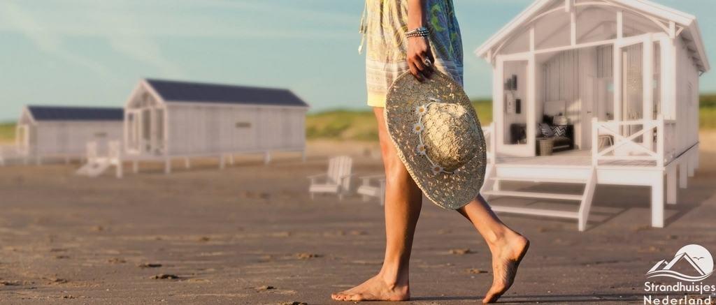 Strandhuisje Kijkduin NIEUW