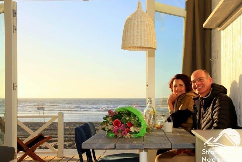 24 jaar getrouwd vieren in een Haags strandhuisje
