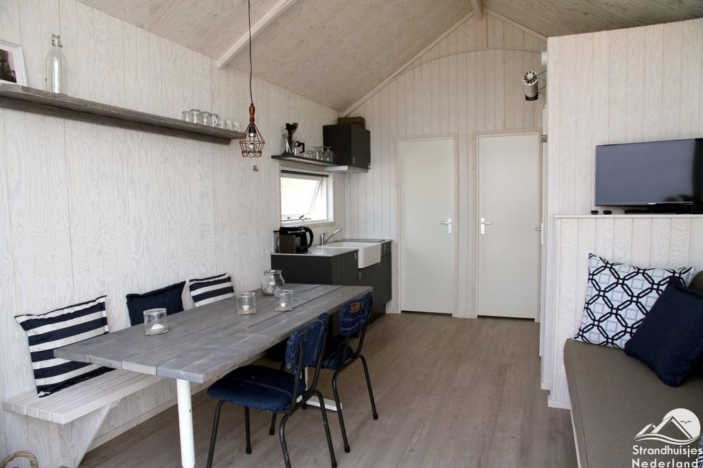Haagse strandhuisjes strandhuisjes for Melchior interieur den haag