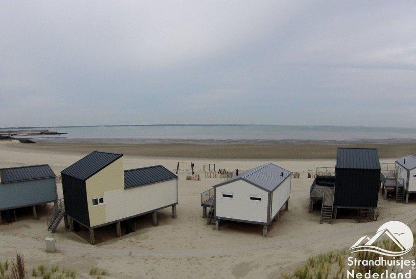 strandhuisjes aan zee Kamperland